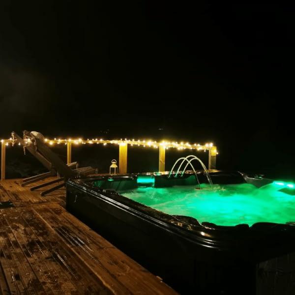aurora-mokki_terassi_poreallas01